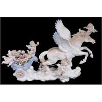 Melekler Ve At Figürlü Porselen Biblo