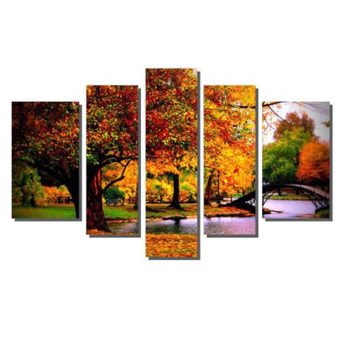 Dekor Sevgisi Renkli Yapraklar ve Küçük Köprü Tablosu 84x135 cm