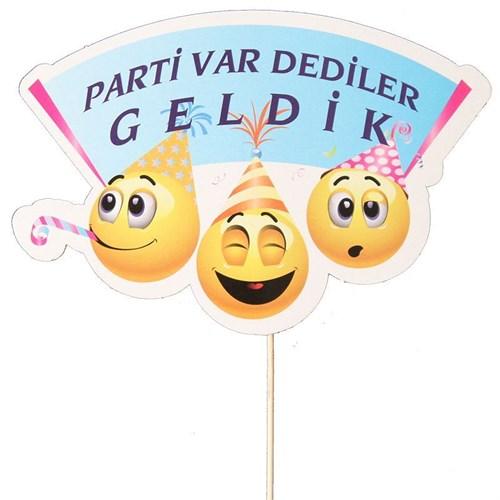 Pandoli Parti Var Dediler Geldik Konuşma Pankartı