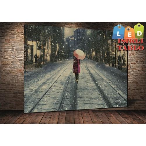 Tablo İstanbul Moda Şemsiyeli Kız Led Işıklı Kanvas Tablo