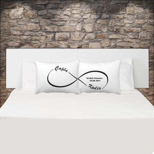 Sonsuzluk İşaretli Çift Yastık