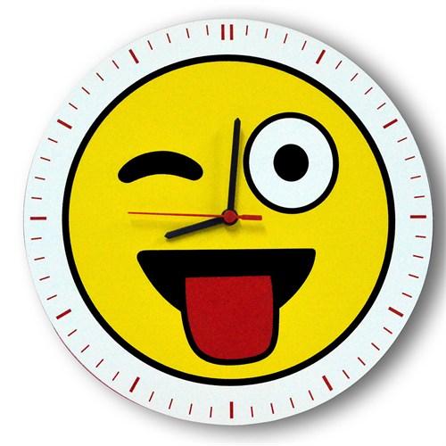 Smiley Concept Göz Kırpan Emoji Duvar Saati