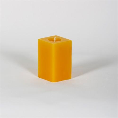 Sarı Kare 7 Cm Papatya Kokulu Mum