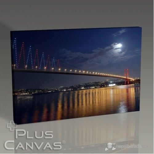 Pluscanvas - İstanbul - Boğaziçinde Bir Gece Tablo
