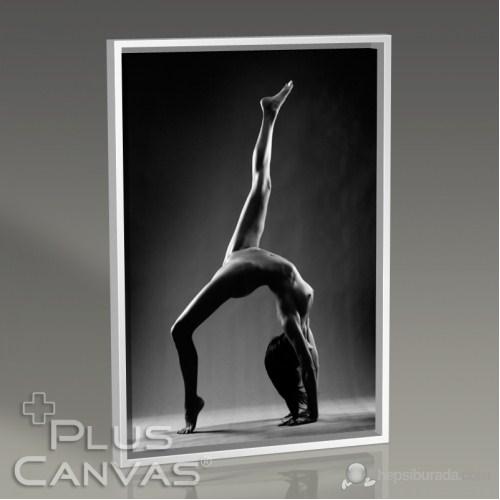 Pluscanvas - Beauty In Black Iıı Tablo