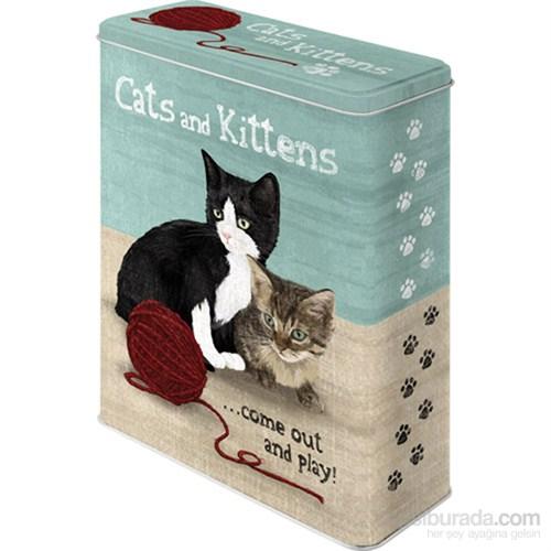 Cats And Kittens Teneke Saklama Kutusu (Xl)