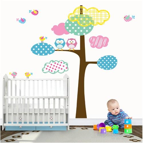 Bestasticker Ağaç Ve Renkli Bulutlar Sticker