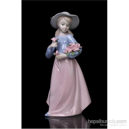 Çiçekçi Kız Figürlü Porselen Biblo