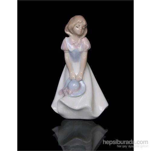 Şapkalı Kız Figürlü Porselen Biblo