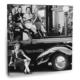 Fotografyabaskı Arabanın Üstünde Kadınlar Tablo 70 Cm X 70 Cm Kanvas Tablo Baskı
