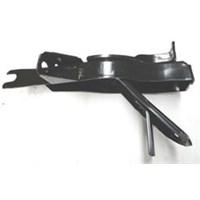 Mazda B2500- Pıck Up- 04/06 Ön Tampon Braketi Sol