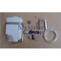 Unıversal Unıversal- Ön Cam Su Bidonu Motorlu
