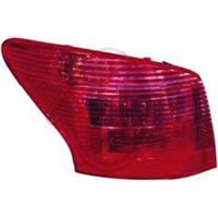 Depo 5501943Rue Stop Lambası : R - Marka: Pejo - 407 Sw - Yıl: 04-08 - Motor: Bm