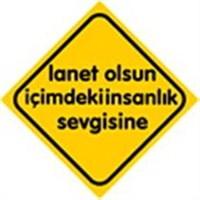 Dreamcar Vantuzlu Amblem ''LANET OLSUN İçiMDEKİ İNSANLIK SEVGİSİNE'' (Cam Yüzeylere Yapıştırılabilir.) 3300744