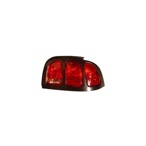 Ford Mustang- 96/98 Stop Lambası Sağ Kırmızı Üst Çerçevesi İle B
