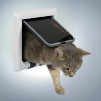 Trixie 4 Yönlü Kilitlenebilir Kedi Kapisi 21X21 Cm