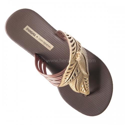 rahat bayan sandalet