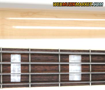 marcus miller V7 jazz bass rosewood fingerboard