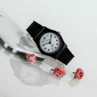 Startime Marka Klasik Model Suya Dayanıklı Kadın Kol Saati