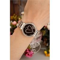 Morvizyon Gümüş Kaplama Metal Kordonlu İç Detayı Siyah Kalp Figürlü Bayan Saat Modeli