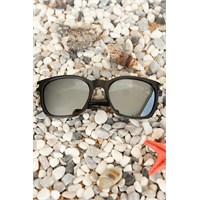 Morvizyon Clariss Marka Siyah Çerçeve Gri Cam Tasarımlı Unisex Güneş Gözlük Modeli