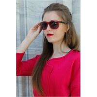 Morvizyon Yeni Trend Clariss Marka Kırmızı Geniş Çerçeve Tasarımlı Bayan Güneş Gözlük Modeli
