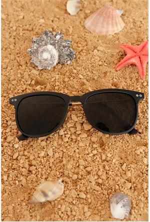 Morvizyon Clariss Marka Siyah Çerçeve Model Tasarımlı Bayan Gözlük