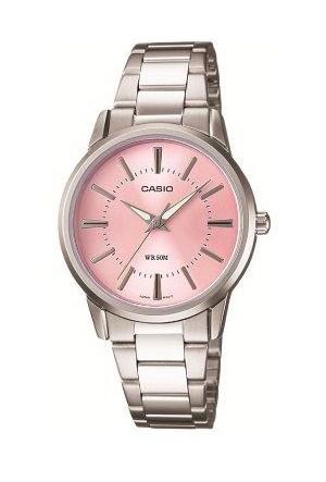 Casio LTP-1303D-4AVDF Kadın Kol Saati