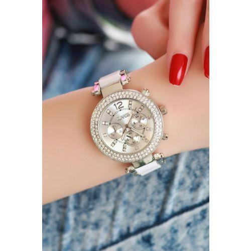 Clariss Marka Beyaz Plastik ve Metal Tasarımlı Bayan Saat