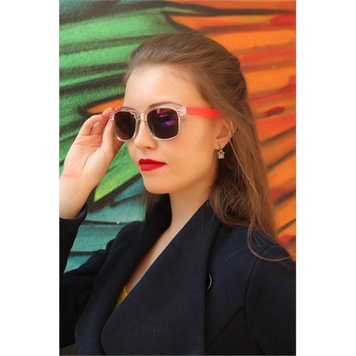 Morvizyon Clariss Marka Beyaz Şeffaf Çerçeve Tasarımlı Kırmızı Detaylı Bayan Güneş Gözlük Modeli